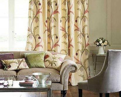 米色欧式沙发有尊贵的感觉