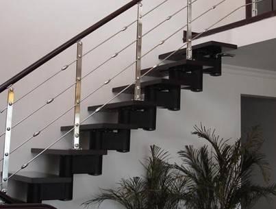 复式空间楼梯装修的重要性