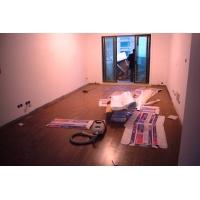 地板安装现场