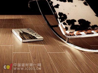 瓷木地板pk木地板 优势更胜一筹