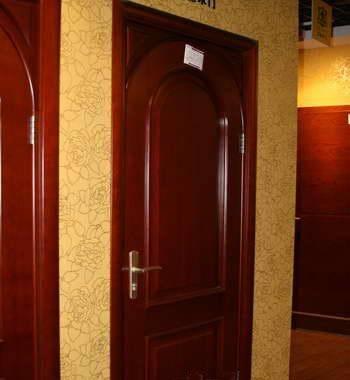 圆弧造型的欧式门
