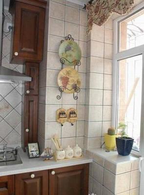 小规格亚光砖受追捧 成厨房瓷砖首选(图)图片