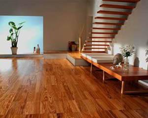 地板界经典成功案例 从经销者到自产自销