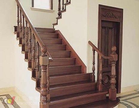 两间三层跃层式楼房楼梯设计图