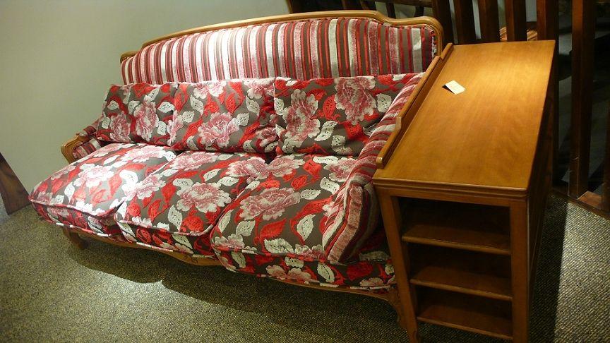 进口榉木大红花布料欧式三座沙发