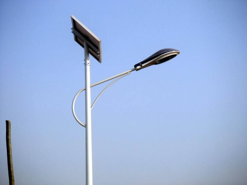 led路灯灯头/太阳能led路灯价格/led路灯灯头