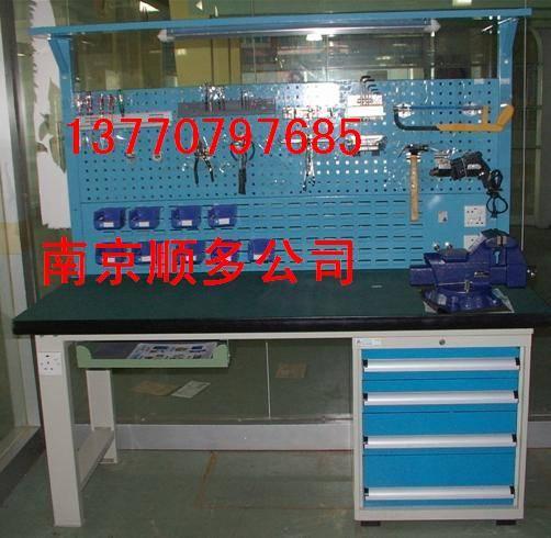 南京钳工台、轻.中.重型工作台,--13770797685