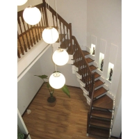 重慶迪奧斯樓梯-實木樓梯