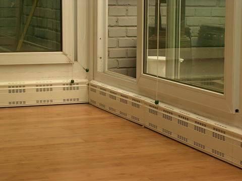 地脚线电暖器