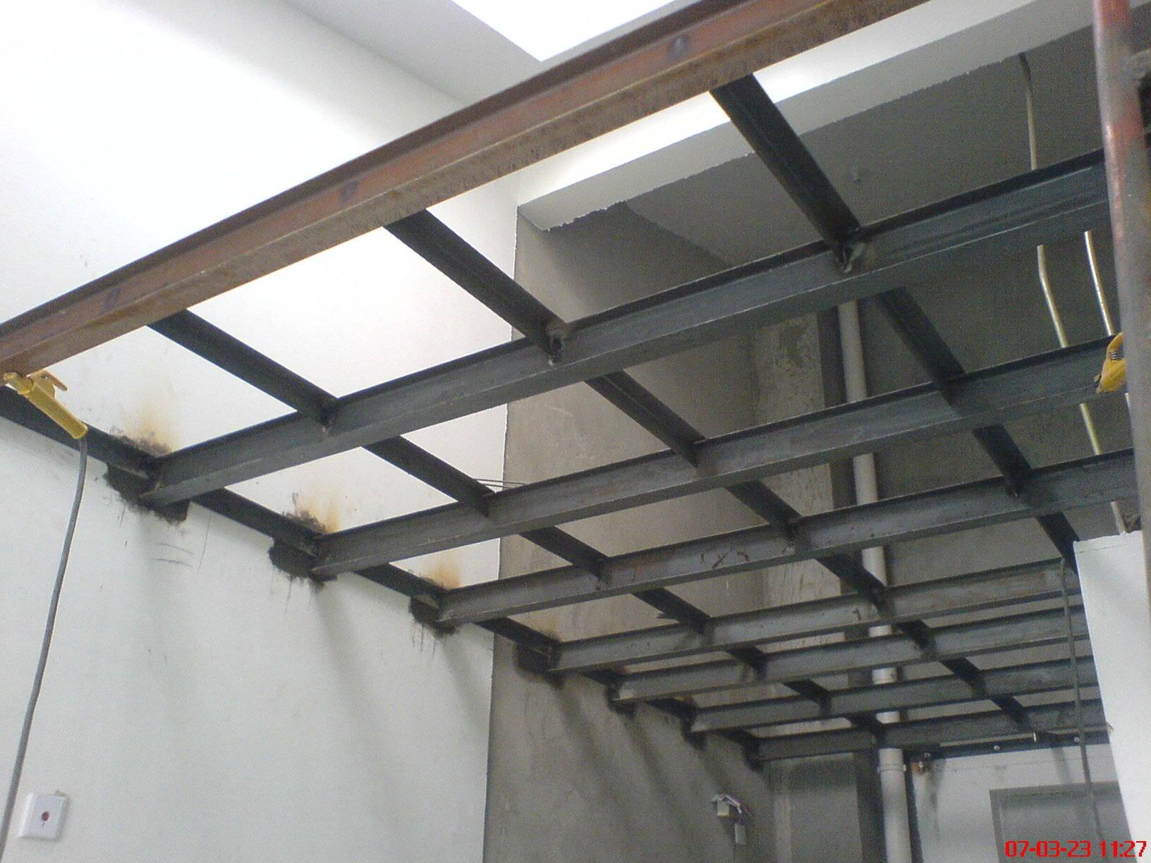 钢结构阁楼角铁