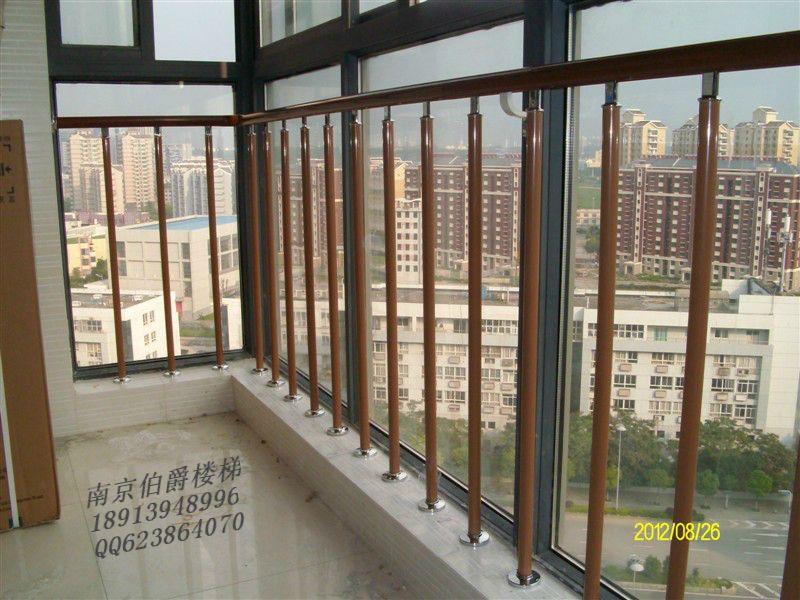 落地窗阳台护栏图片 阳台玻璃护栏图片 落地窗树脂护栏