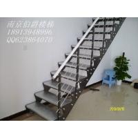 南京伯爵楼梯----双梁钢木楼梯