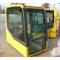 小松120-6挖掘机驾驶室