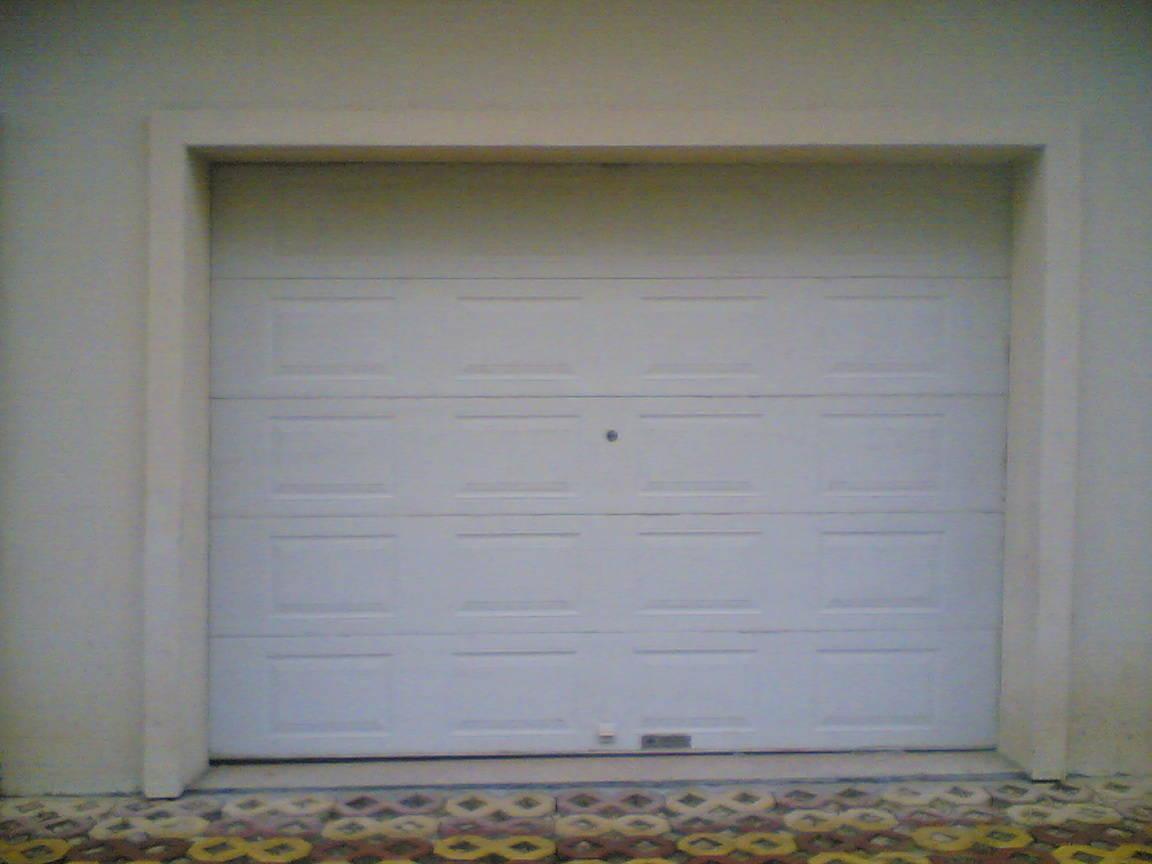车库门-遥控上滑式