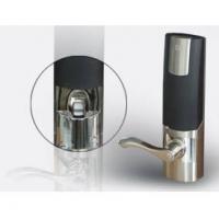 鸿达指纹系列产品-黑贝系列210指纹密码双芯手执手锁