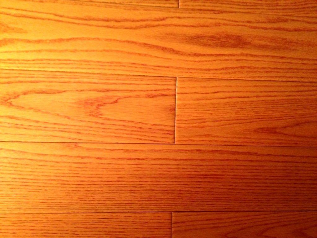 纯实木锁扣地热地板