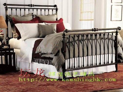 佛山欧式铁艺床产品图片