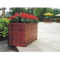 厂家专业生产木制花箱,木制花盆
