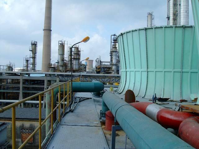 钢铁化工厂大型冷却塔节能改造