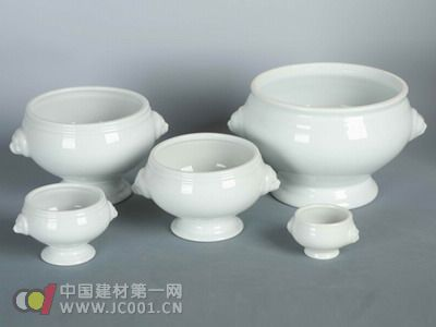 日用陶瓷设计是一门实用艺术,日用陶瓷设计是以消费者的需求为中心的.