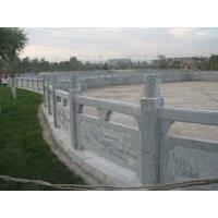 山东青石板加工厂供应青石栏杆