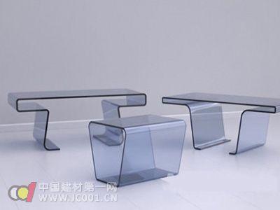 创意家具设计:嵌套的透明桌子