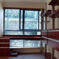 開放式書架帶電腦桌