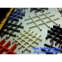 喷粉铝格栅-昆明滴水挂片-异型铝单板-U型槽方管