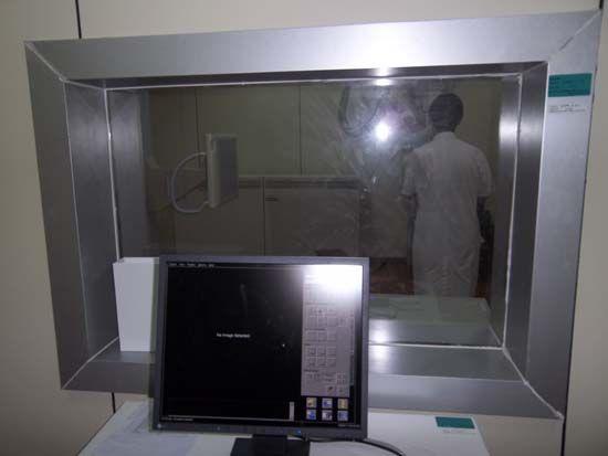 铅玻璃观察窗|西安射线防护
