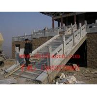 石栏杆、石拦板、石塔、石桥、青石栏杆
