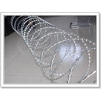 武汉螺旋型交叉刀片刺网刀片刺丝刀片刺绳篱笆网刀片刺绳焊接网