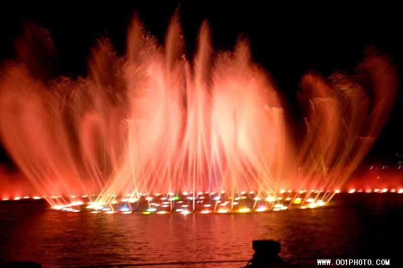 欧式中心喷泉水景