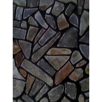 铁锈色板岩乱形碎拼墙面地面铺贴案例