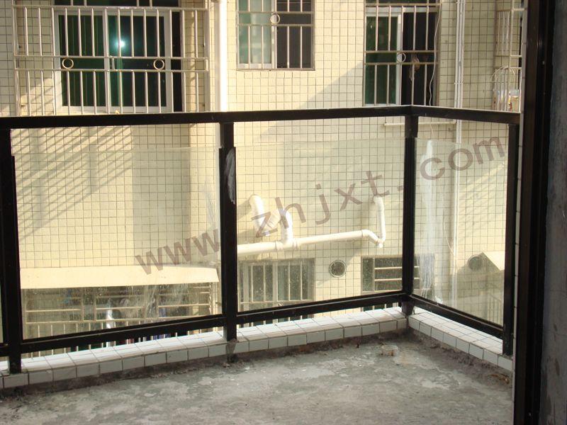 深圳坚信泰玻璃阳台护栏护栏图片