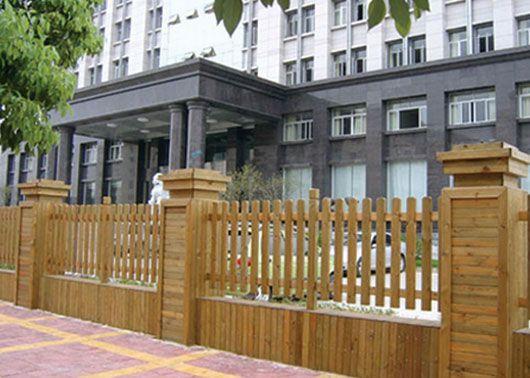 南京滁自防腐木栅栏