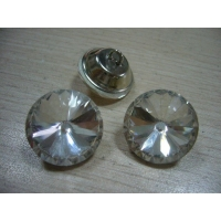 批发生产厂家供应各种玻璃水晶扣.亚克力水晶扣,