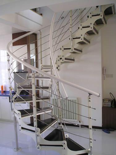 双梁U型楼梯