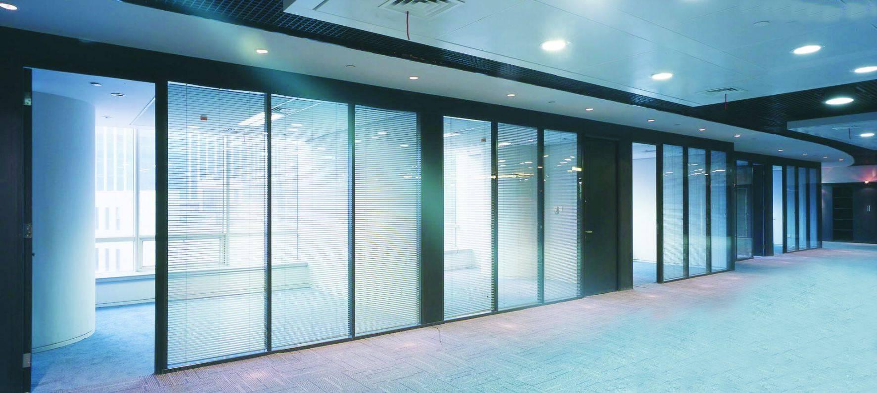 宁波 详细链接 本公司是一家主要从事中空百叶玻璃,中空百叶玻璃隔断