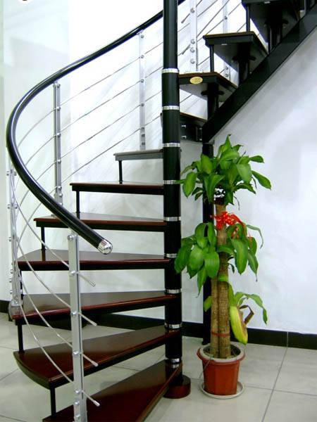 瑞王楼梯-瑞王全木楼梯系列-旋转楼梯-半圆半直楼梯