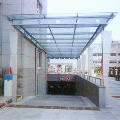 南京雨蓬-不锈钢雨蓬4