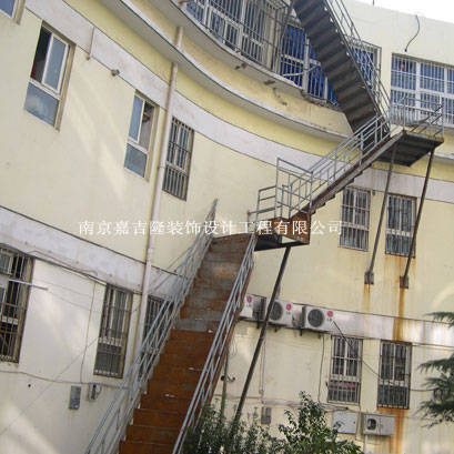 南京不锈钢楼梯扶手-钢架楼梯及不锈钢扶手