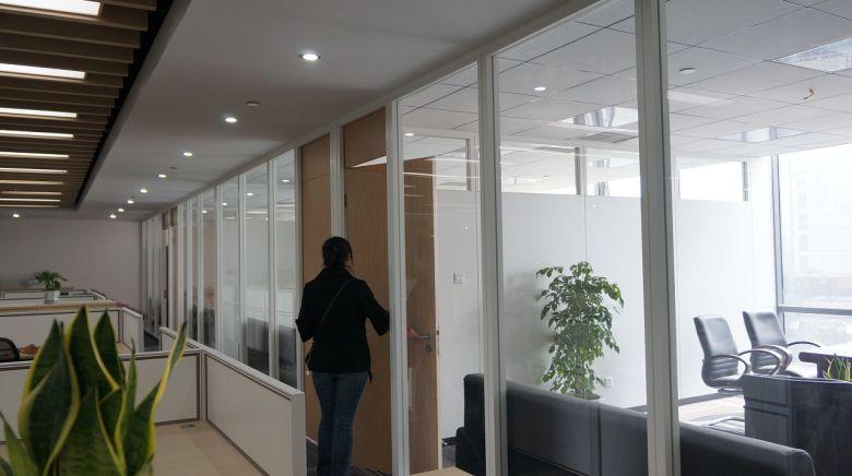 四川名扬监理公司办公室装修