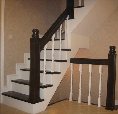 现浇楼梯踏步尺寸做小了,踏步宽才22厘米,没打好,怎么图片