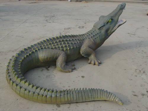 石材 鳄鱼石雕            有效期 长期 类 别 石材 - 石雕 - 动物 规