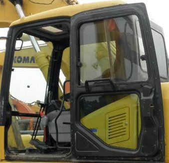 小松pc220挖掘机驾驶室