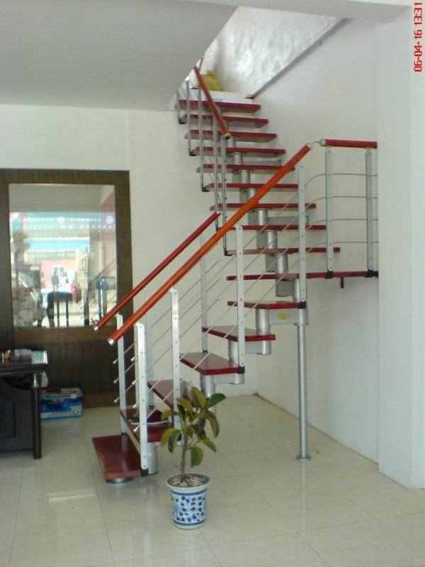 志腾钢木楼梯