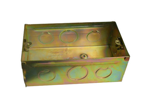 双调盒,穿筋接线盒,灯头盒,明装盒,万能眼接线盒,护口,管堵,空调堵