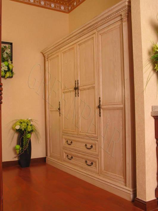 列欧式实木衣柜