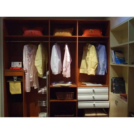 开放式衣柜图片