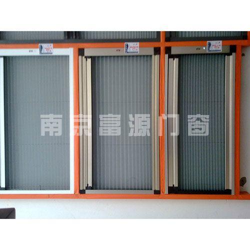 门窗有限公司有专业人员量身制作:高档新型精品阳光房,南京欧式阳光房